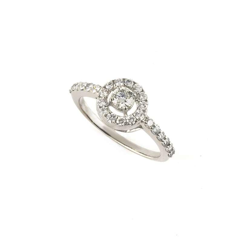 18k White Gold Round Brilliant Cut Diamond Ring